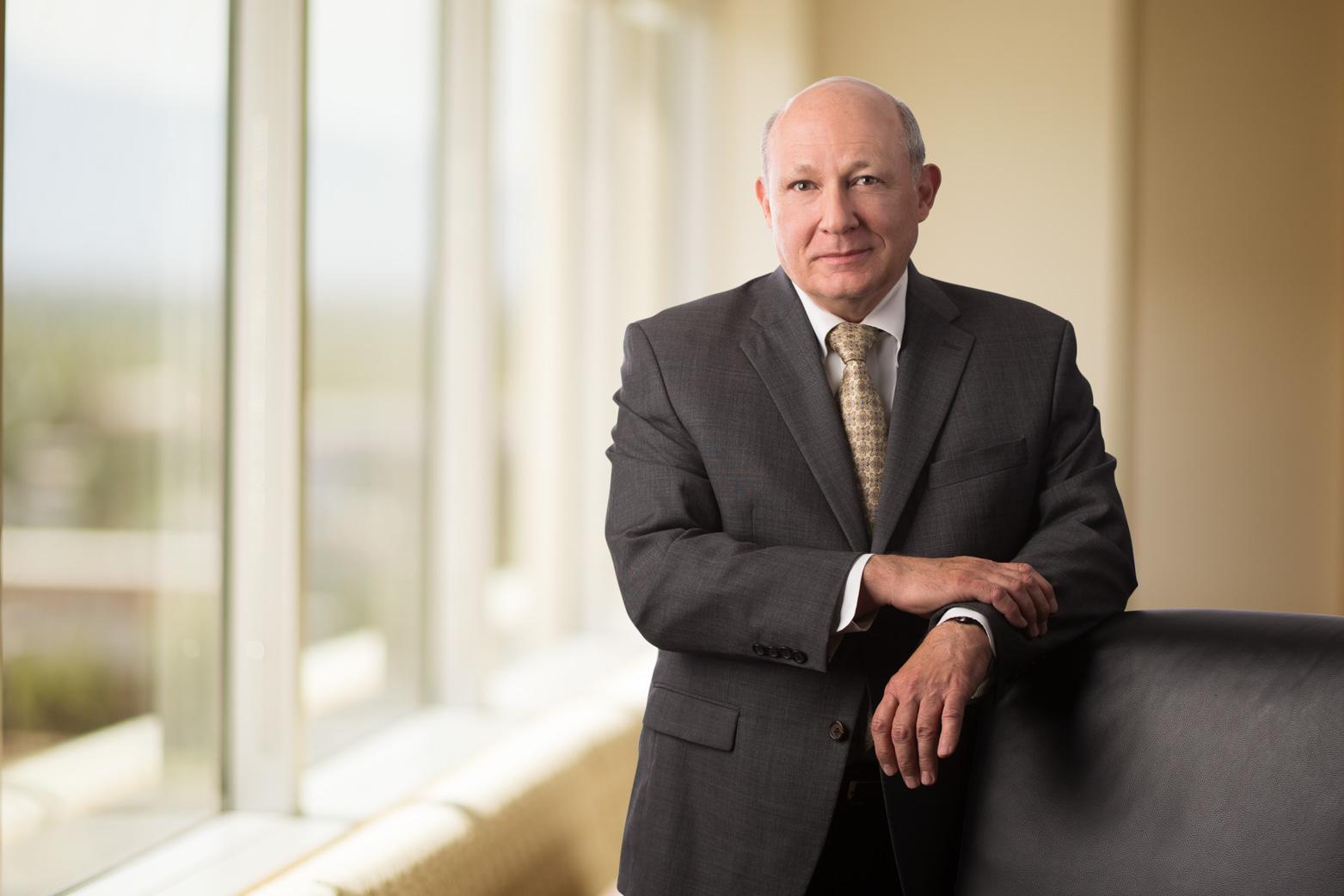 Thomas R. Vuksinick